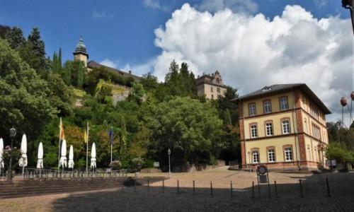 Zdjęcie NIEMCY / Badenia Witenbergia / Baden Baden / Baden Baden, widok na zamek