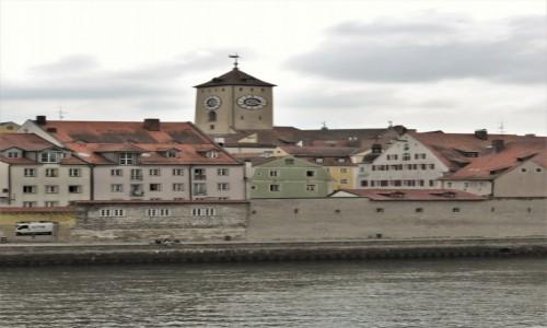 NIEMCY / Bawaria / Regensburg / Regensburg, widok od strony Dunaju
