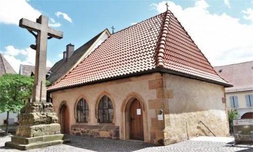 Zdjęcie NIEMCY / Nadrenia-Palatynat / Deidesheim / Deidesheim, okolice kościoła