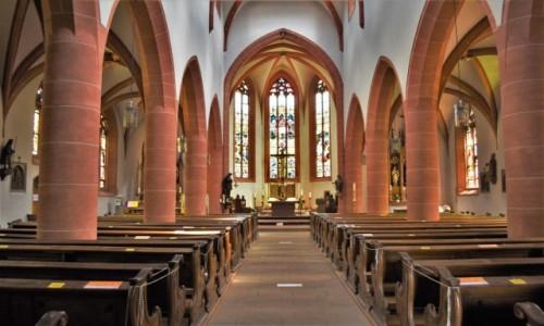 Zdjęcie NIEMCY / Nadrenia-Palatynat / Deidesheim / Deidesheim, Pfarrkirche St. Ulrich