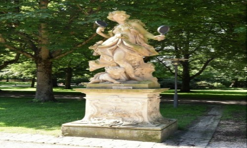 NIEMCY / Badenia Witenbergia / Bruchsal / Bruchsal, ogrody pałacowe