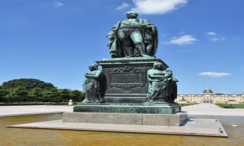 Zdjecie NIEMCY / Badenia Witenbergia / Karlsruhe / Karlsruhe, pomnik założyciela miasta