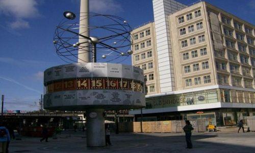 Zdjecie NIEMCY / Brandenburgia / Berlin / Alexanderplatz Weltzeituhr - Zegar