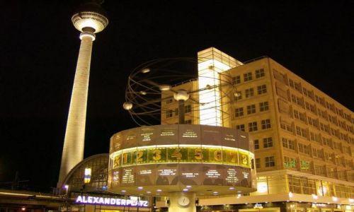 Zdjecie NIEMCY / Brandenburgia  / Berlin / Wieża TV nocą