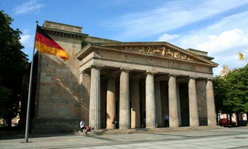 NIEMCY / Brandenburgia / Berlin / Pomnik-Muzeum Ofiar Wojny