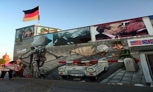 NIEMCY / Brandenburgia / Berlin / Fragment Muru Berlińskiego