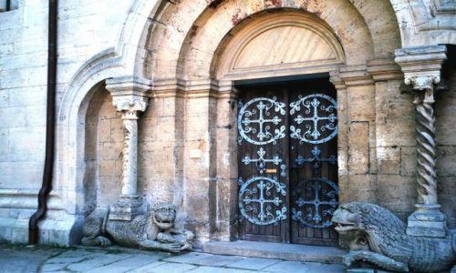 NIEMCY / Dolna Saksonia / Katedra w Konigslutter am Elm / KONKURS