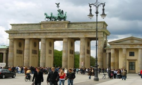 NIEMCY / Brandenburgia / Berlin  / znana Brama B.