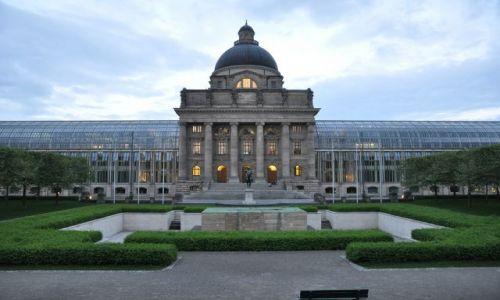 Zdjecie NIEMCY / Bawaria / Monachium / fasada