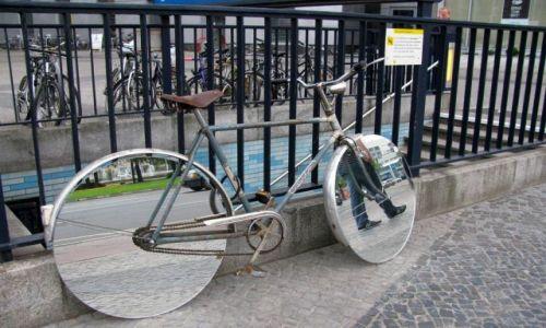 Zdjęcie NIEMCY / - / Berlin / inny niż wszystkie rowery