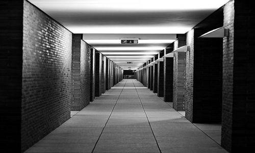 Zdjęcie NIEMCY / Hamburg / Centrum miasta  / Wyjscie Awaryjne