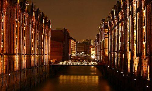 Zdjecie NIEMCY / Hamburg / Port / Spichlerze: