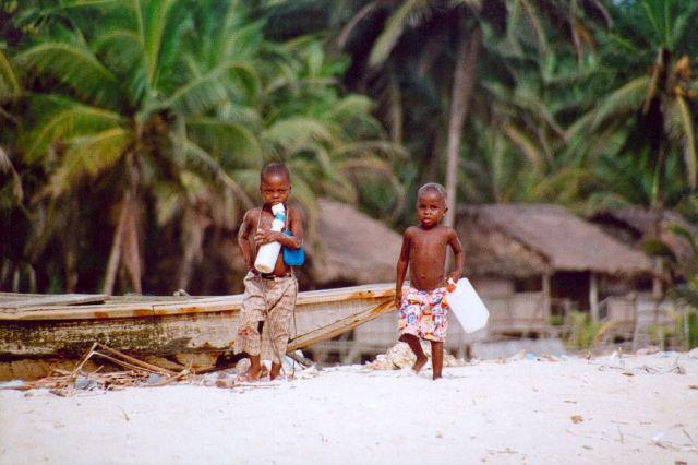 Zdj�cia: Okolice Lagos, Pla�a niewolnik�w, NIGERIA