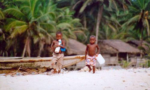Zdjęcie NIGERIA / brak / Okolice Lagos / Plaża niewolników
