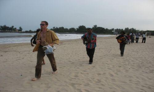 Zdjecie NIGERIA / - / Lagos / wino, kobiety i śpiew... ups, nie ta bajka