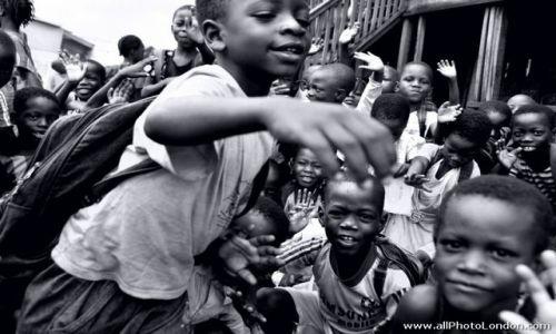 NIGERIA / Lagos / slums of Makoko / Szkola w slumsie Makoko, Lagos