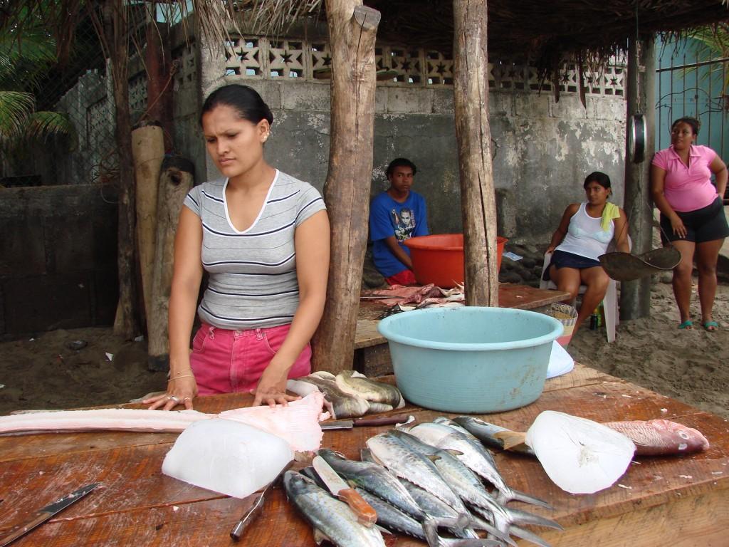 Zdjęcia: Nad Oceanem, Nad Oceanem, Będzie zupa rybna.., NIKARAGUA