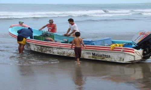 Zdjęcie NIKARAGUA / Nad od Oceanem / Nad Oceanem / Wyciągnąć łódz