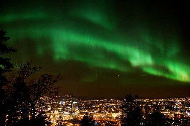 Zdjęcia: Oslo, zorza, NORWEGIA