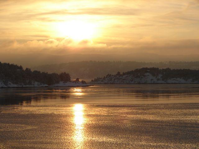 Zdjęcia: Okolice Oslo, Zachód słońca nad fiordami, NORWEGIA