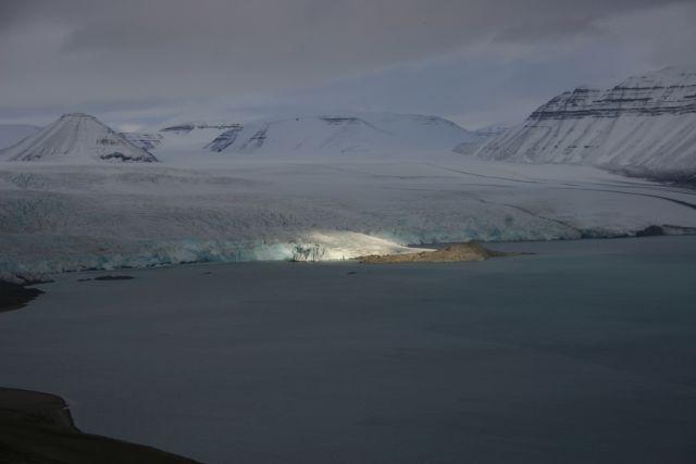 Zdjęcia: Lodowiec Norden Szeld, Svalbard, Reflektory na Norden, NORWEGIA