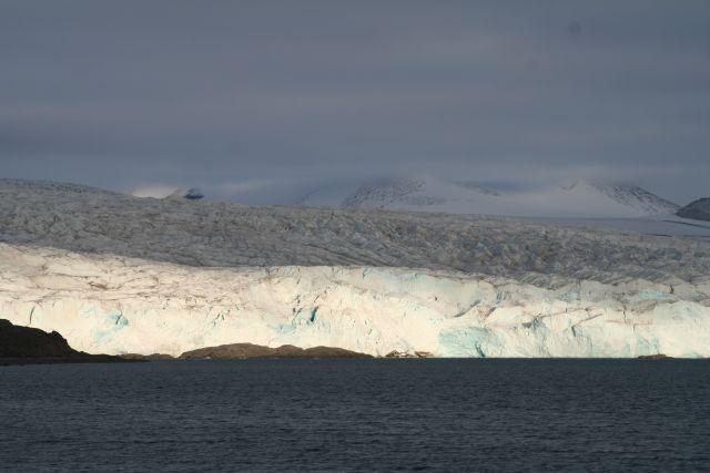 Zdj�cia: Lodowiec Norden Szeld, Svalbard, W�aczyli swiat�a na Nordenie, NORWEGIA