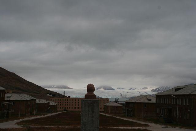 Zdjęcia: Piramida, Svalbard, Lenin Wiecznie Zywy, NORWEGIA
