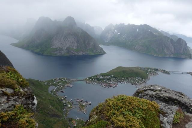 Zdjęcia: Lofoty, Lofoty, Reine w deszczu, NORWEGIA