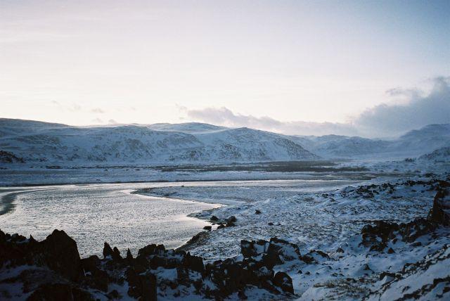 Zdj�cia: Ma�a zatoka od morza ko�o berlevag, Morza barentsa, MA�Y FIORDZIK, NORWEGIA