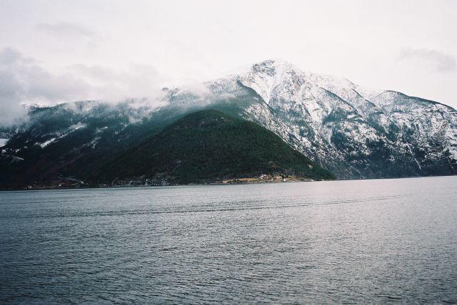 Zdjęcia: SRODKOWY ZACHÓD NORWEGI, SRODKOWY ZACHÓD NORWEGI, FIORD, NORWEGIA