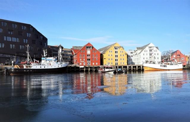 Zdjęcia: Tromsø, Troms, Kolorowy port, NORWEGIA