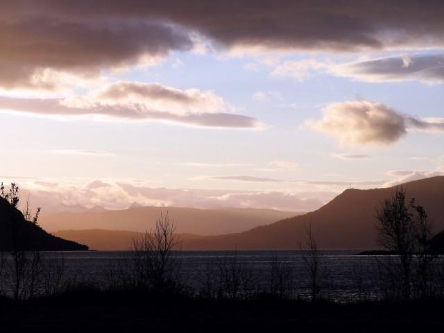 Zdjęcia: Langseth Rognan, Nordland, Biała noc, NORWEGIA