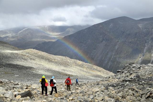 Zdjęcia: Galdhopiggen, Oppland, tęcza w górach Jotunheimen, NORWEGIA