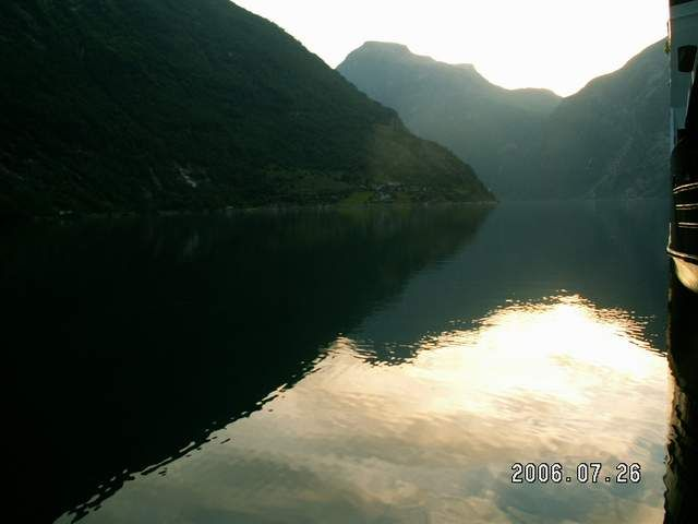 Zdjęcia: Geiranger, Fiord Geiranger 1, NORWEGIA