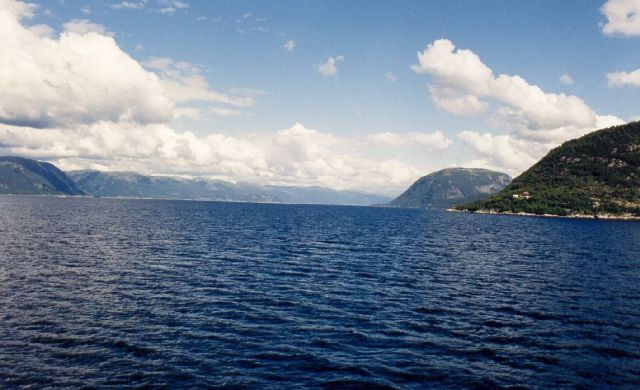 Zdjęcia: środkowa Norwegia, widok na fiord, NORWEGIA