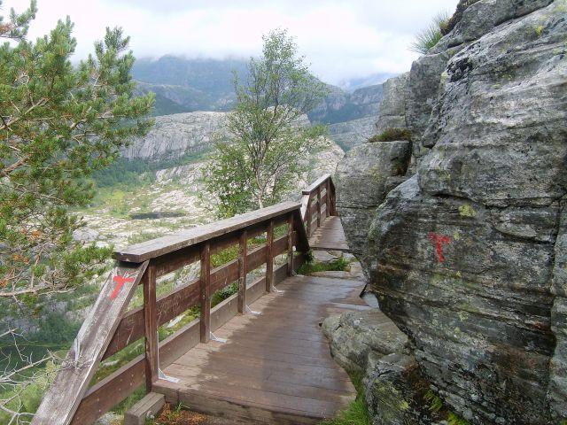 Zdjęcia: okolice Lysefjorden, południe Norwegii, w drodze na Preikestolen, NORWEGIA