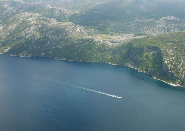 Zdjęcia: Preikestolen/Lysefjorden, południe Norwegii, Motorówka, NORWEGIA