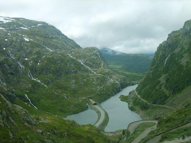 Zdjęcia: między Roldal a Oddą, południe Norwegii, Serpentyna, NORWEGIA
