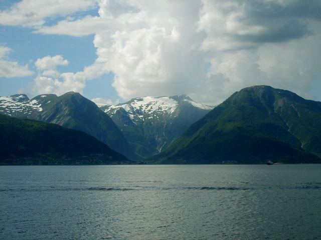 Zdjęcia: Sognefjord, region Sogn og Fjordane, Promem przez Sognefjord, NORWEGIA
