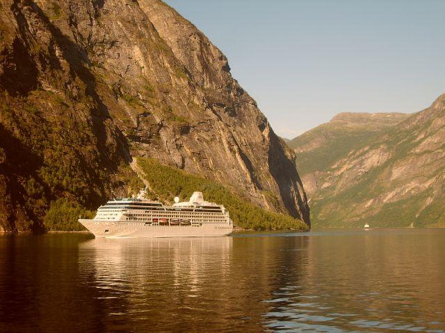 Zdjęcia: Geirangerfjord, Geirangerfjord3, NORWEGIA