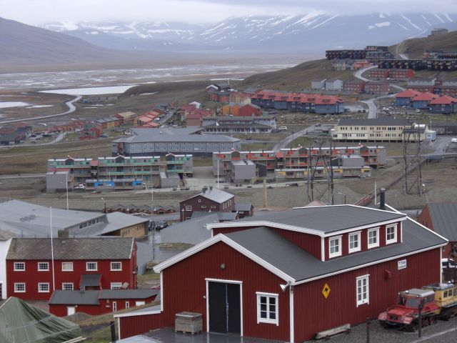Zdjęcia: Longyearbyen, Svalbard, Widok na Longyearbyen. , NORWEGIA