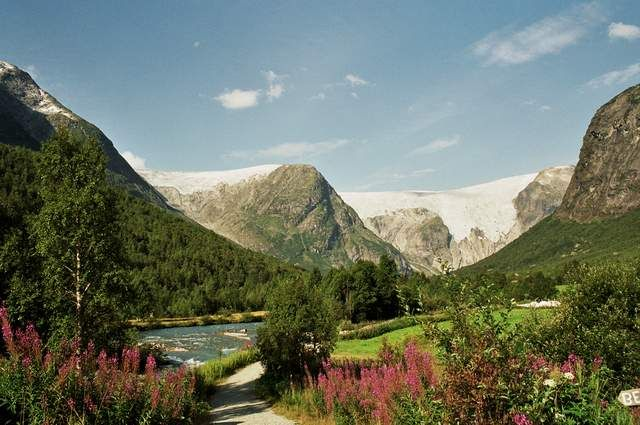 Zdjęcia: okolice Bergset, Widok na Bergsetbreen, NORWEGIA