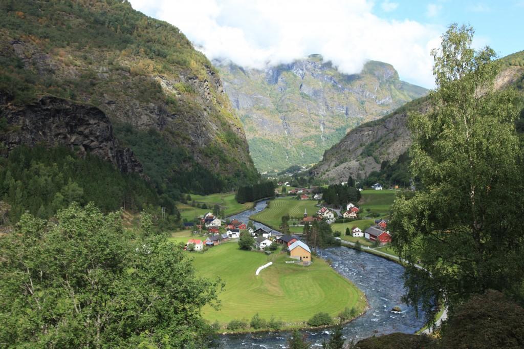 Zdjęcia: Aurland, Sogn og Fjordane, W zakolach rzeki Flam, NORWEGIA