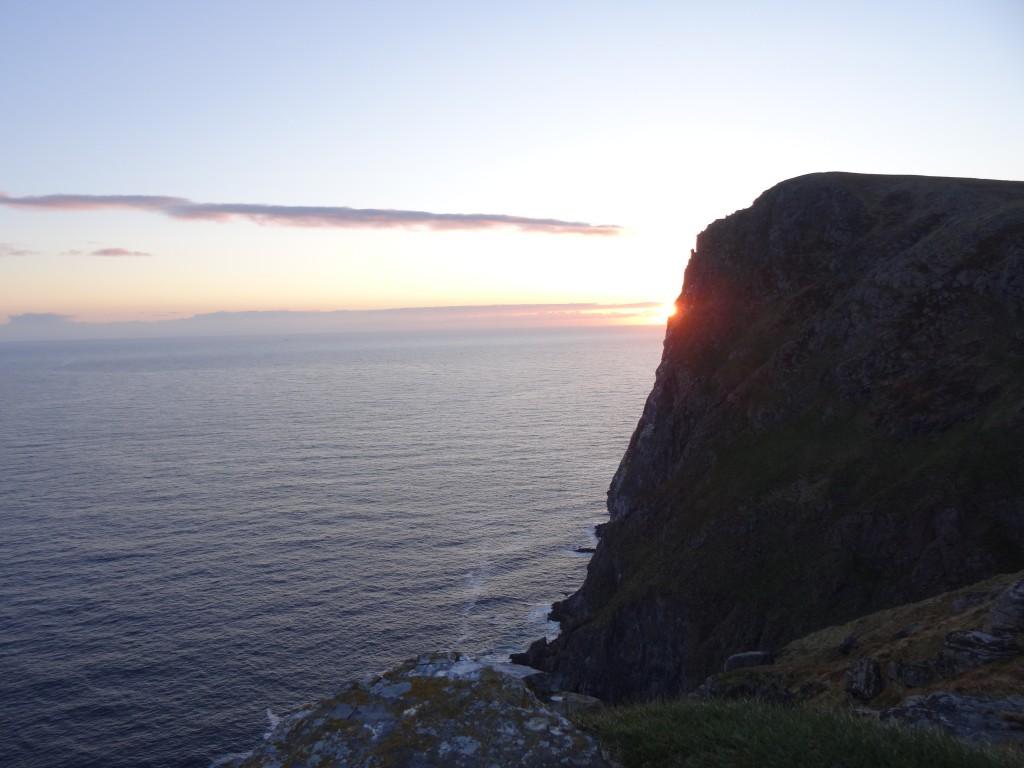 Zdjęcia: wyspa Runde, Alesund, Zachód słońca na Runde, NORWEGIA