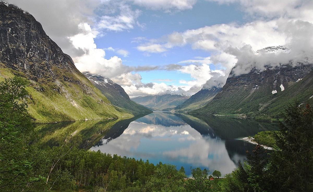 Zdjęcia: Loen..., Sogn og fiordne, wiosna..., NORWEGIA