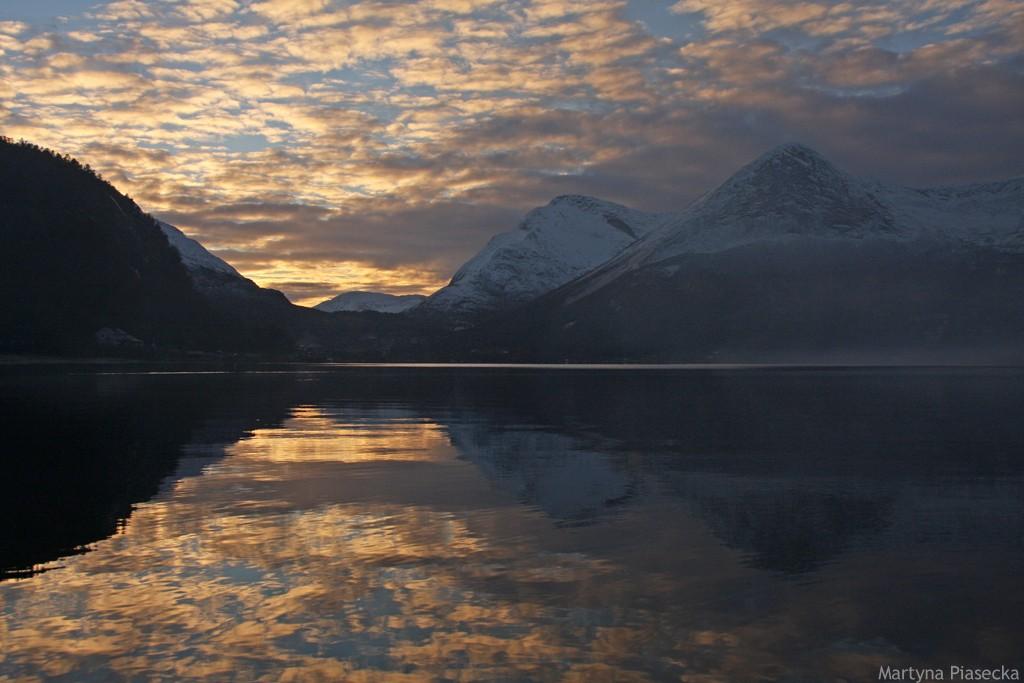 Zdjęcia: Mørsvikbotn, Nordland, Słoneczne impresje, NORWEGIA