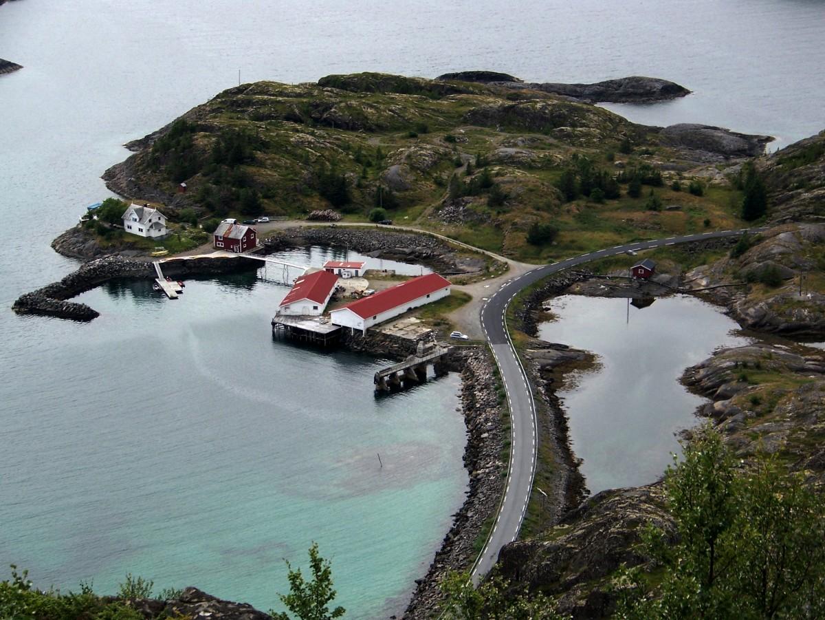 Zdjęcia: Austvagoya, Lofoty, Przedmieście :) Henningsvær , NORWEGIA