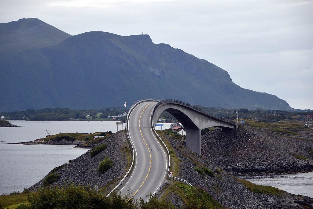 Zdjęcia: Storseisundbrua, Nordmøre, Storseisundbrua, NORWEGIA