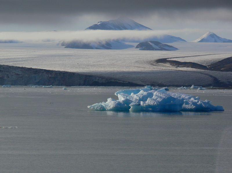 Zdjęcia: Zachodni Szpicbergen, Szpicbergen, gora1, NORWEGIA