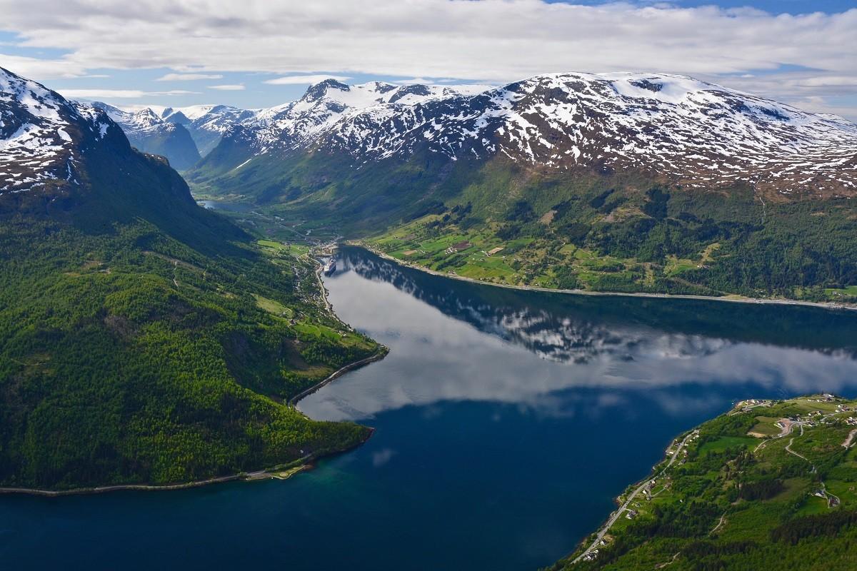 Zdjęcia: Loen, Sogn og Fiordane, NORDFJORD..., NORWEGIA